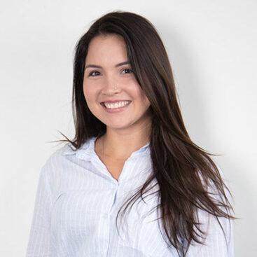 Andressa Avila - Account Porto - MBA Nobrinde